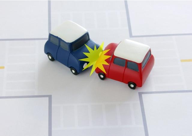 新宿で交通事故の悩み(損害賠償・示談)がある方は早めにご依頼を